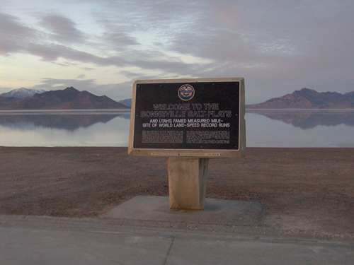 Utah Salt Flats by Sean Loyless , on Flickr